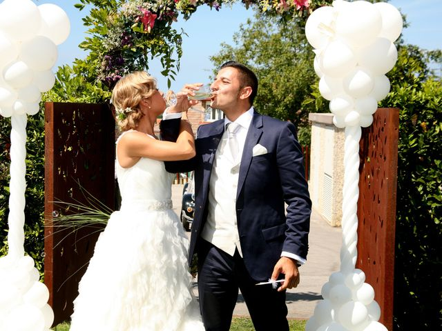 La boda de Pablo y Jessy en Villaviciosa, Asturias 33