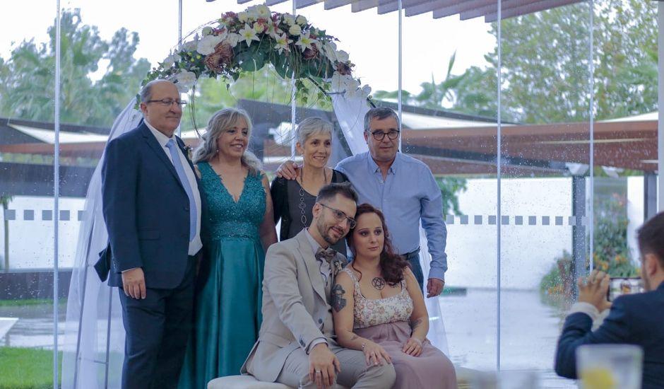 La boda de Carlos y Evelyn en Casar De Caceres, Cáceres
