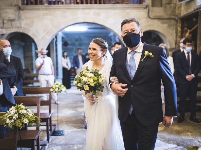 La boda de Jesús y Ángela en Redondela, Pontevedra 29