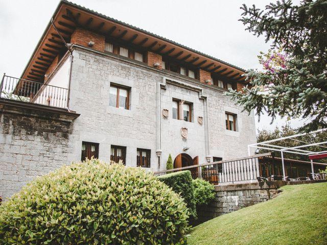 La boda de Aitor y María en Bilbao, Vizcaya 30