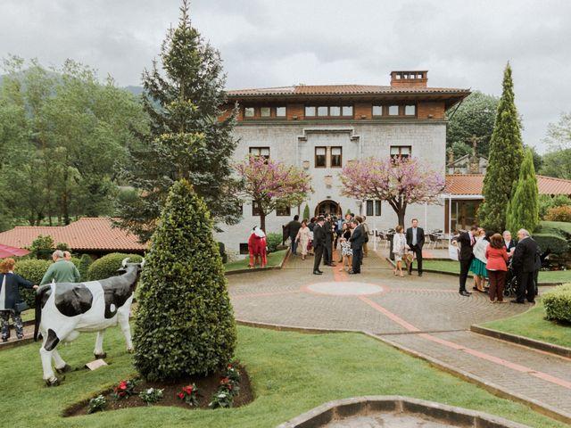 La boda de Aitor y María en Bilbao, Vizcaya 34