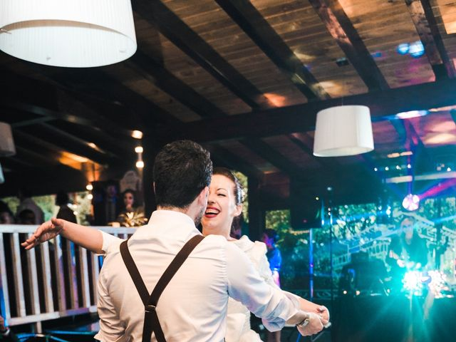 La boda de Aitor y María en Bilbao, Vizcaya 112