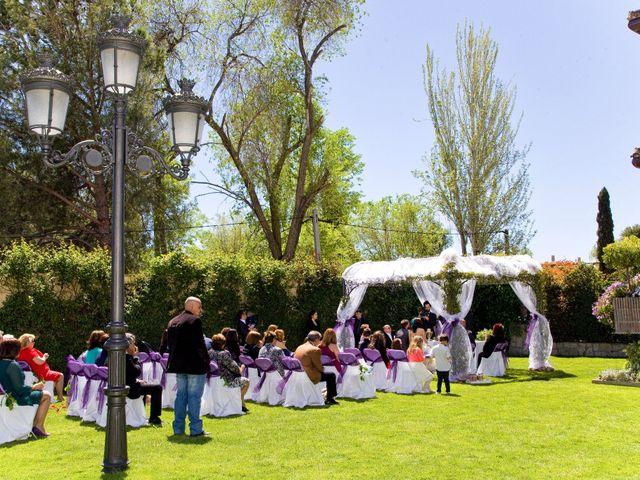 La boda de Gabriel y Liliana en Cubas De La Sagra, Madrid 11