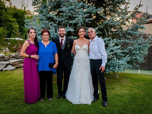 La boda de Max y Yess en Corullon, León 112