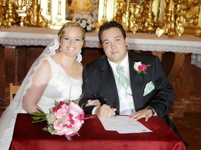 La boda de Rafael y Maria en Espartinas, Sevilla 17