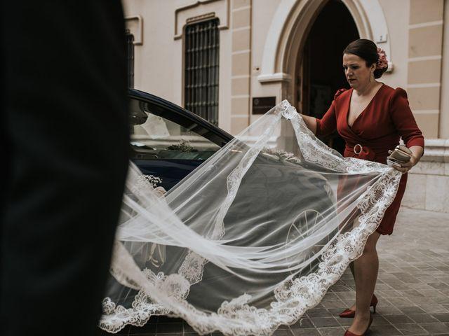 La boda de Miguel y Miriam en Estación De Cartama, Málaga 12
