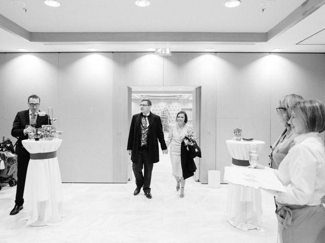 La boda de Ruben y Inma en Madrid, Madrid 29