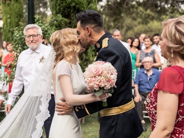 La boda de David y Lucia en Valdetorres De Jarama, Madrid 23