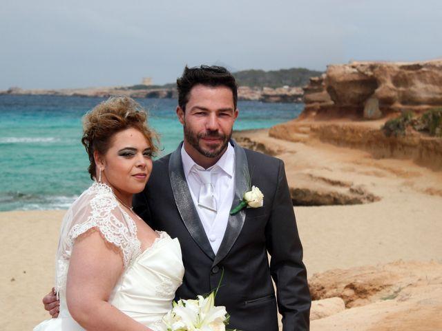 La boda de Alejandro y Leticia en Sant Josep De Sa Talaia/sant Josep De La, Islas Baleares 19