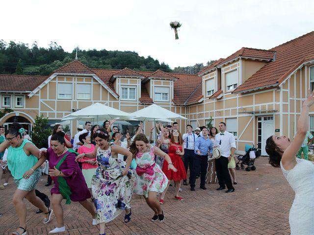 La boda de Alfonso y Lara en Las Fraguas, Cantabria 13