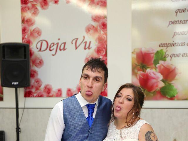 La boda de David  y Bea  en Arganda Del Rey, Madrid 28