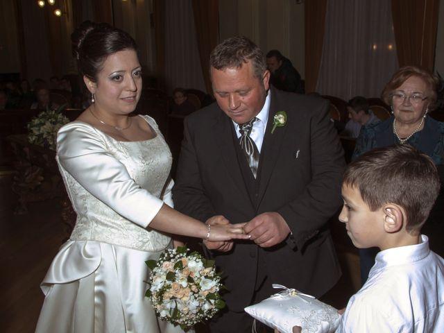 La boda de Toñi y Marce en Albacete, Albacete 1