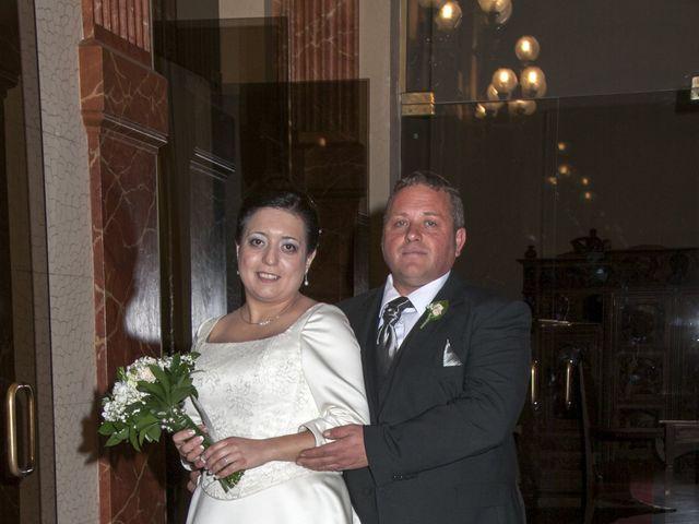 La boda de Toñi y Marce en Albacete, Albacete 13