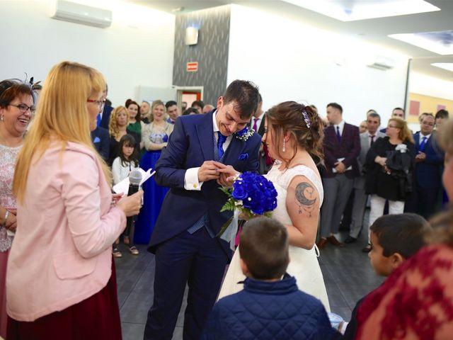 La boda de David  y Bea  en Arganda Del Rey, Madrid 59
