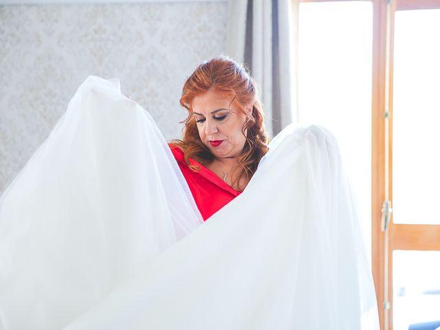 La boda de Ricardo y Laura en Miraflores De La Sierra, Madrid 38
