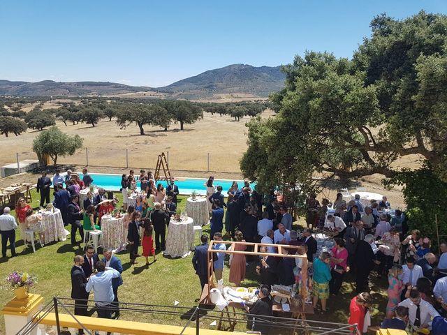 La boda de Paco y Bea en Cabeza Del Buey, Badajoz 3