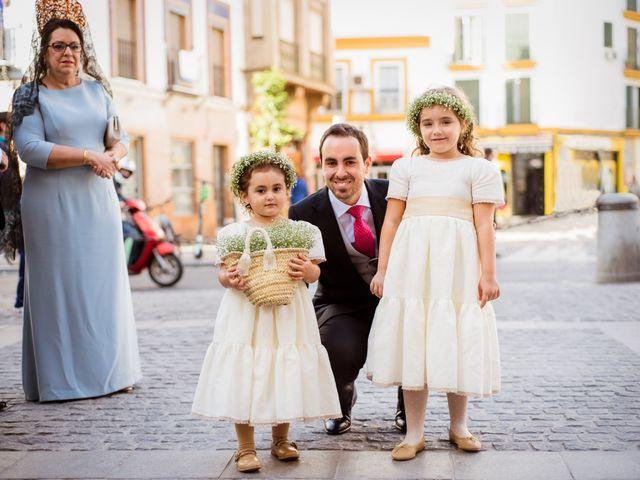 La boda de Javier y Rocío en Sevilla, Sevilla 7