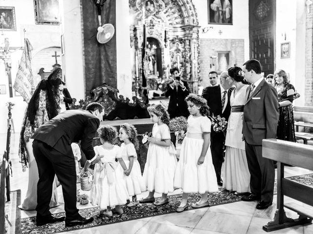La boda de Javier y Rocío en Sevilla, Sevilla 11