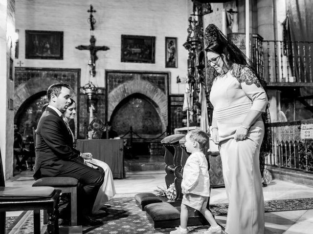 La boda de Javier y Rocío en Sevilla, Sevilla 13