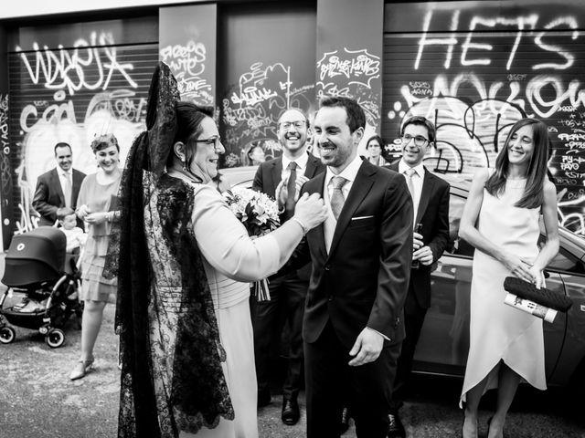 La boda de Javier y Rocío en Sevilla, Sevilla 21