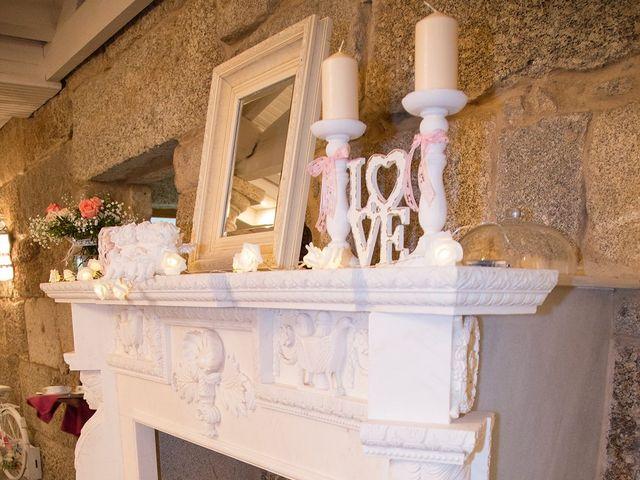 La boda de Nando y Uxía en Outes, A Coruña 16