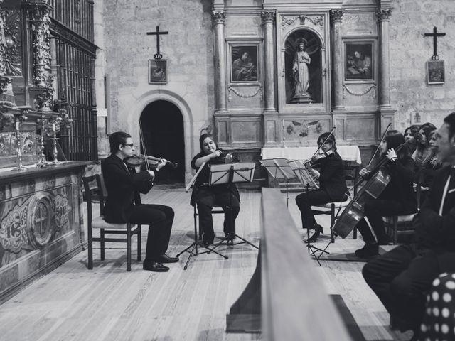 La boda de Adrián y Aroa en Piña De Campos, Palencia 39