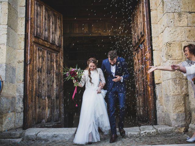 La boda de Adrián y Aroa en Piña De Campos, Palencia 45