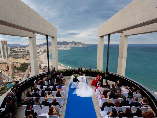 La boda de Jorge  y Stela  en Benidorm, Alicante 2