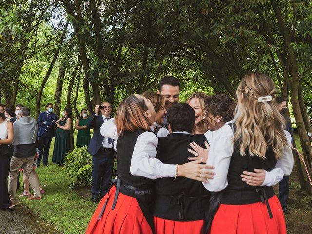 La boda de Jon y Leire en Gordexola, Vizcaya 45