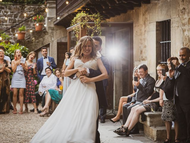 La boda de Jon y Leire en Gordexola, Vizcaya 74