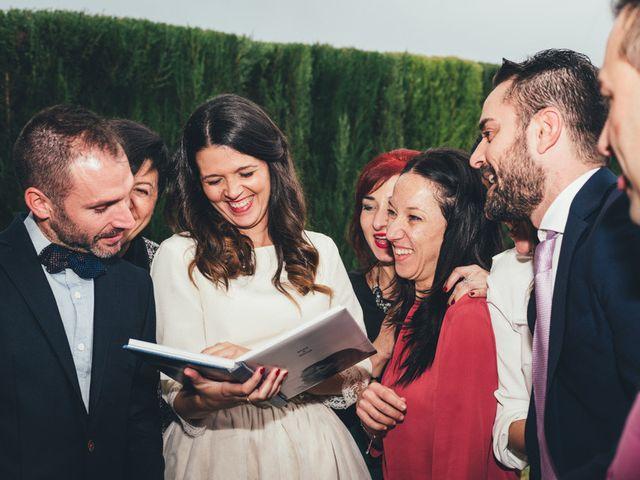 La boda de Berni y Anna en Rafelbunyol/rafelbuñol, Valencia 36