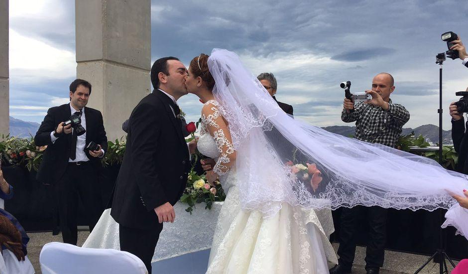 La boda de Jorge  y Stela  en Benidorm, Alicante