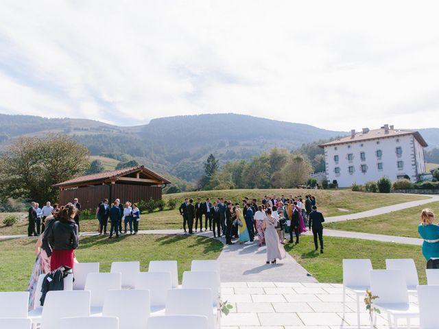 La boda de Aitor y Eluska en Yanci/igantzi, Navarra 16