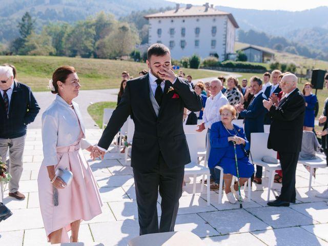 La boda de Aitor y Eluska en Yanci/igantzi, Navarra 18