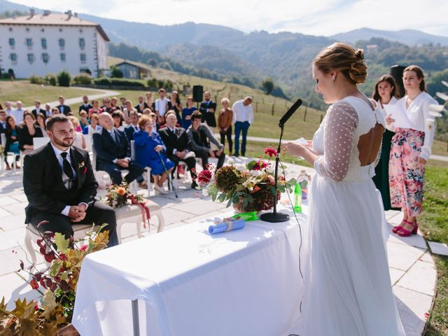 La boda de Aitor y Eluska en Yanci/igantzi, Navarra 32