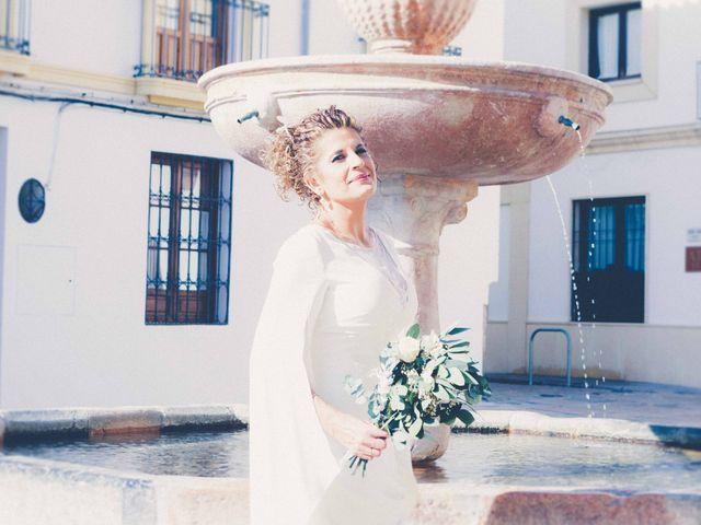 La boda de Valentín y Lola en Córdoba, Córdoba 15
