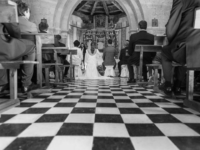 La boda de Remi y Rebeca en Sotos De Sepulveda, Segovia 36
