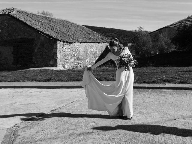 La boda de Remi y Rebeca en Sotos De Sepulveda, Segovia 52