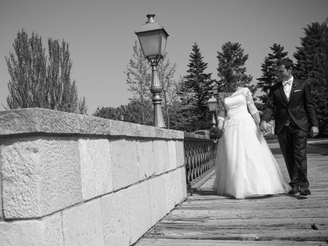La boda de Roger y Sandra en Bellvis, Lleida 23