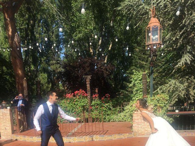La boda de Mario  y Belinda  en Alcalá De Henares, Madrid 22