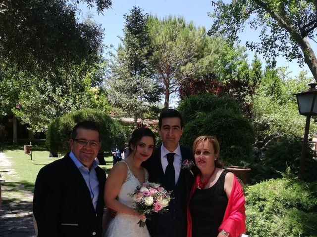 La boda de Mario  y Belinda  en Alcalá De Henares, Madrid 32
