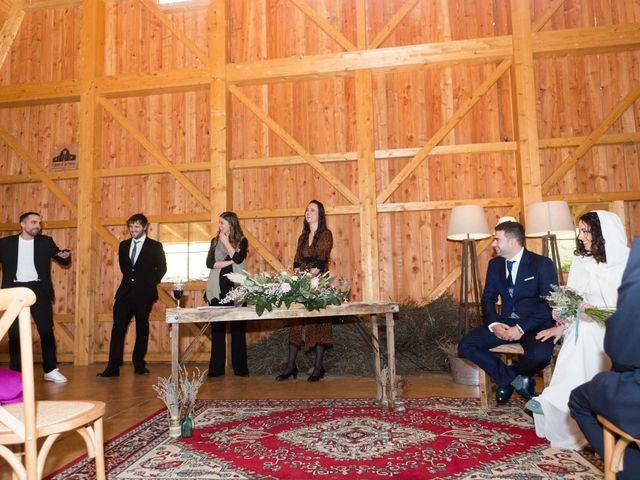 La boda de Jorge y Oiane en Santa Gadea Del Cid, Burgos 32
