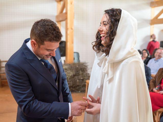 La boda de Jorge y Oiane en Santa Gadea Del Cid, Burgos 40