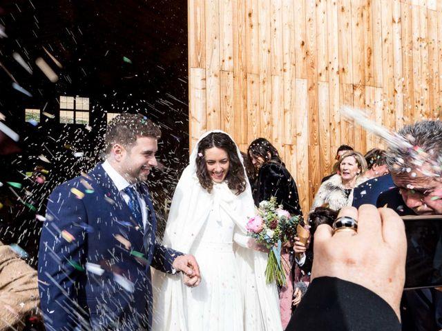 La boda de Jorge y Oiane en Santa Gadea Del Cid, Burgos 44
