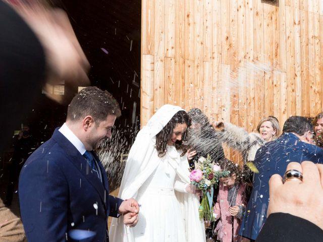 La boda de Jorge y Oiane en Santa Gadea Del Cid, Burgos 45