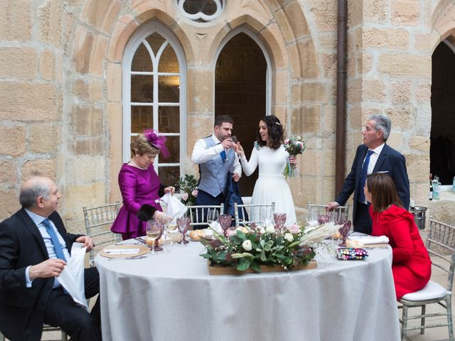 La boda de Jorge y Oiane en Santa Gadea Del Cid, Burgos 77
