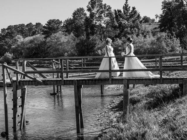 La boda de Ainara y Iraia en Forua, Vizcaya 3