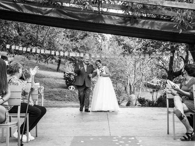 La boda de Ainara y Iraia en Forua, Vizcaya 8