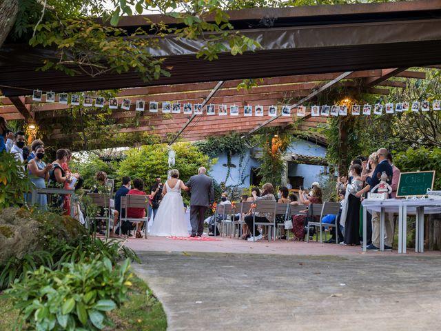 La boda de Ainara y Iraia en Forua, Vizcaya 9