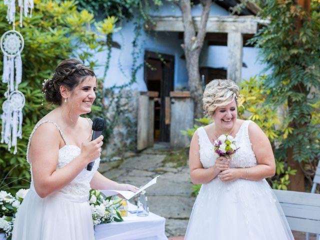 La boda de Ainara y Iraia en Forua, Vizcaya 13